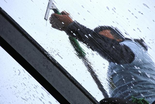 ניקוי חלונות בסנפלינג מקצועי
