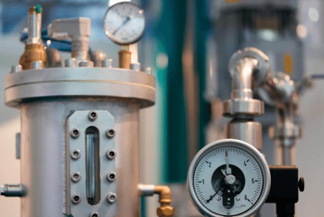 ניקיון בלחץ מים, מכונת שטיפה עוצמתית